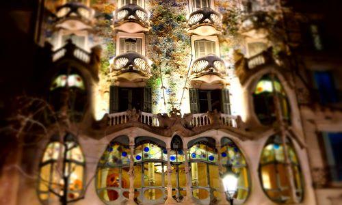"""Fotogallery – """"IN VIAGGIO CON ARCA…"""" – Foto dal mondo: BARCELLONA e GIRONA – Spagna"""