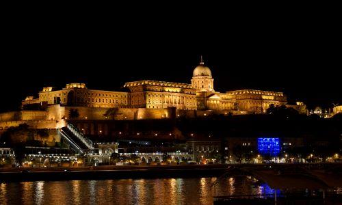 """Fotogallery – """"IN VIAGGIO CON ARCA…"""" – Foto dal mondo: BUDAPEST – Ungheria"""
