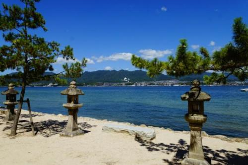 fn- Santuario di Itsukushima, isola di Miyajima (Hiroshima)