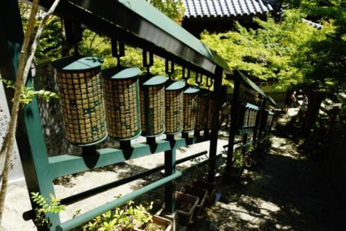 fw- Cilindri della preghiera, Tempio Daisho-in, isola di Miyajima (Hiroshima)