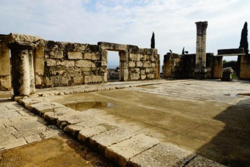 dw- Resti della Sinagoga di Cafarnao