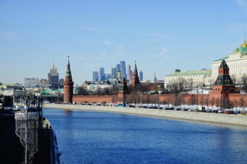 aad- Cremlino (vista fiume Moscova)