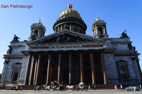 aj- Cattedrale di Sant'Isacco