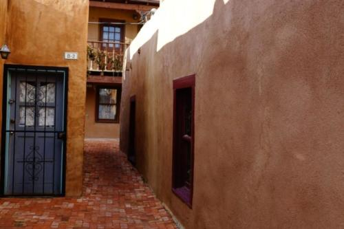 ap- Old Town Albuquerque (New Mexico)