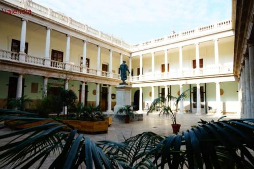 aw- Università di Valencia